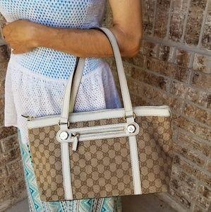 ♥️Beautiful Gucci shoulder bag